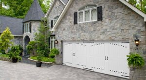 Nantucket with Versailles, Side Hinged Garage Doorhandles, hinges, and custom clavos placement