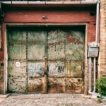 How to Know You Need a New Garage Door